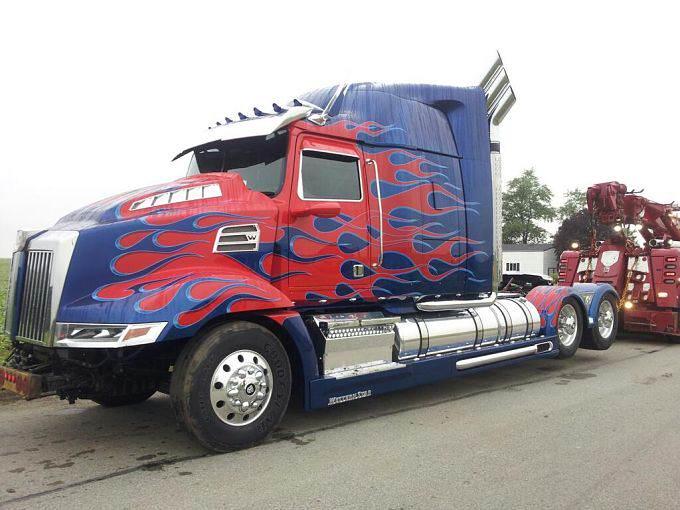 Optimus Prime - Western Star